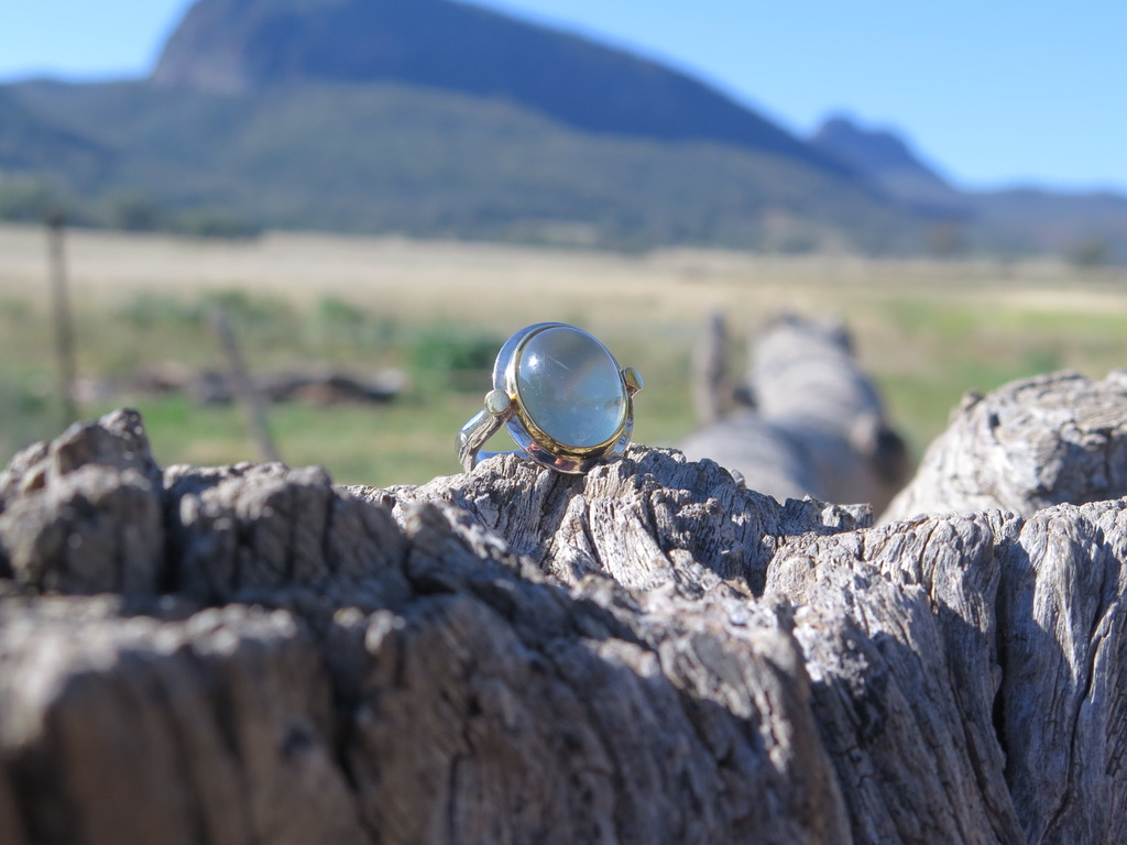 Silver and Gold Green Quartz Cabochon Ring